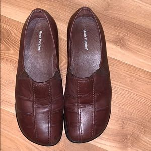 Hush Puppies brown leather flats size 9